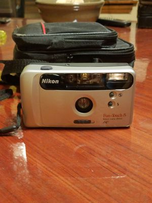 Vintage Nikon Fun Touch 35mm Camera for Sale in Chicago, IL