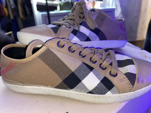 Burberry sneakers for Sale in Inglewood, CA