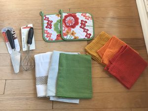 Now Designs pot holder set, 3 Kitchens Towels, and 3 Now Designs woven dishcloths balloon whisk and pie server. New. for Sale in Carrollton, TX