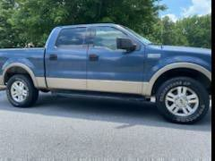 2004 ford f150 LARIAT for Sale in Dacula, GA