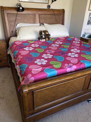 7 pc. California King bedroom set for Sale in Beaumont, CA