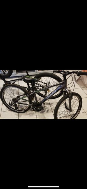 Giant 24 inch bike for Sale in Hialeah, FL
