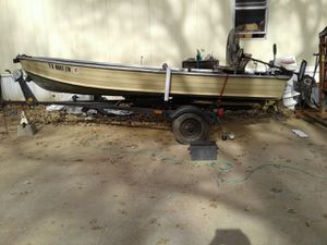 Aluminum boat with motor and trailer for Sale in Burleson, TX
