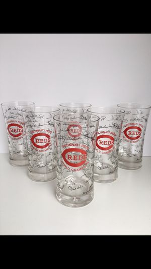Cincinnati Reds 1975 Champs Glasses MLB Collectible for Sale in Gilbert, AZ