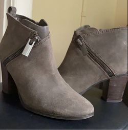 Marc Fisher Sz6 Booties for Sale in Long Beach,  CA
