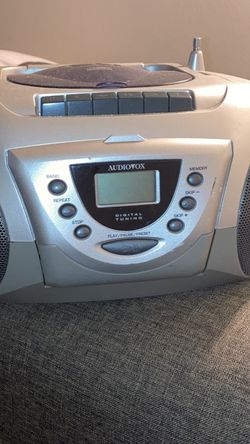 Cd / Radio Player Works for Sale in Anaheim,  CA