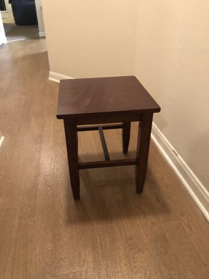 End table - STILL AVAILABLE for Sale in Austin, TX