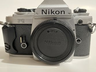 Nikon FG Film Camera for Sale in Queen Creek,  AZ