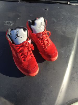 Jordan 5 retro red suede. Size 11 for Sale in San Diego, CA