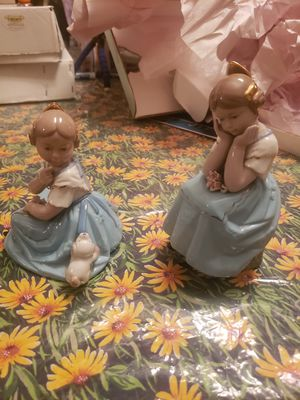 Torralba Porcelain Figurine Young Sisters thinking w/ Puppie Made in Spain for Sale in San Antonio, TX