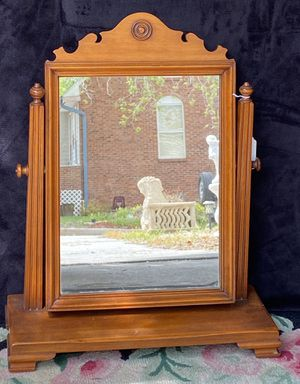 Antique Gentleman's Vanity Mirror for Sale in Lakewood, CO
