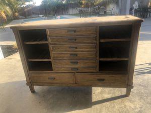 Dresser for Sale in Fresno, CA