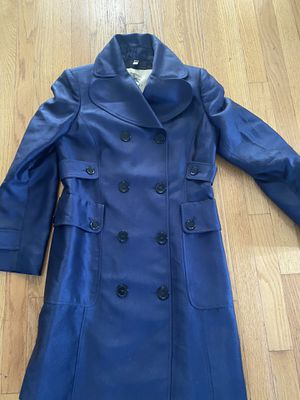 Burberry coat 🧥 for Sale in Lindenhurst, NY