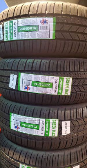 205 55 16 Green máx tires for Sale in Santa Ana, CA