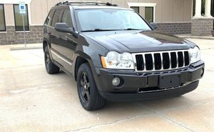 Type gasoline Price 1.6.O.O$ 05 Jeep Grand Cherokee for Sale in Philadelphia, PA