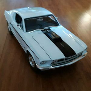 1968 Mustang GT Cobra Jet Maisto 1:18 for Sale in San Marcos, CA