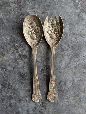 Set of 2 - A Pair of Vintage Silverware Salad Server for Sale in Rocky Hill, CT