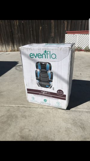Evenflo Rightfit Booster seat for Sale in Huntington Park, CA