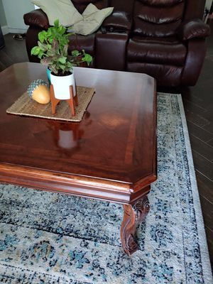 Coffee table for Sale in Palm Shores, FL