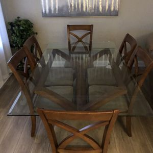 Dining Table for Sale in Bensenville, IL
