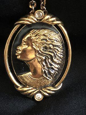 Corren Simpson brooch or pendant for Sale in Elk Grove, CA