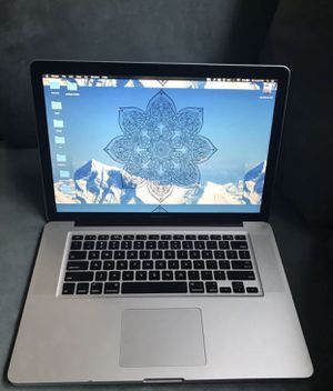I don't accept Paypal or Cash App, Read first only offer up payment accepted or cash Apple laptops MacBook Pro 15inch 2.5 dual core, 4gb ram and 1tb for Sale in Bangor, ME