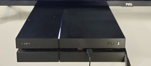 Ps4 Playstation 4 500gb HD with 6 games and headset for sale for Sale in Los Angeles, CA
