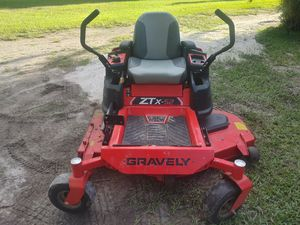 Husqvarna 52 inch mower for Sale in Fort Myers, FL