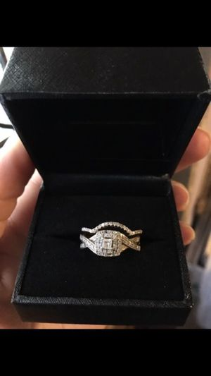 10k wedding ring set for Sale in Kissimmee, FL