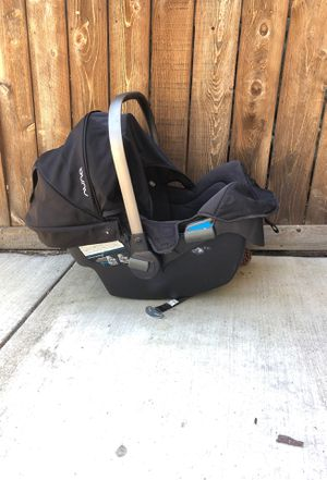 Pipa Nuna Infant car seat plus base plus stroller adapter for Sale in OR, US