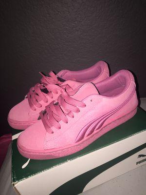 Pink pumas , size 5.5 for Sale in El Cerrito, CA