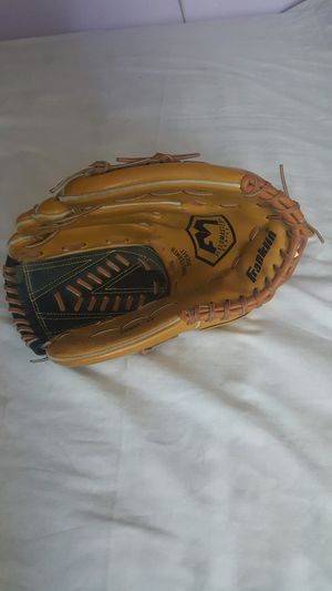 Franklin softball glove for Sale in High Point, NC