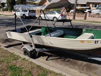14ft aluminum boat and trailer for Sale in San Diego, CA