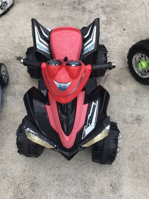 Electric kid four wheeler for Sale in Lehigh Acres, FL
