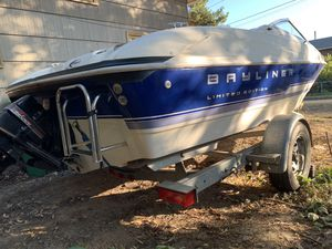 Bayliner 1750 3.0L Capri Limited Edition 1993 Boat for Sale in Portland, OR