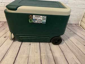 Ice chest for Sale in Moreno Valley, CA