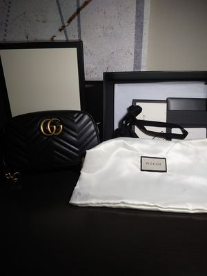 Gucci camera bag (Mini) for Sale in Warren, NJ