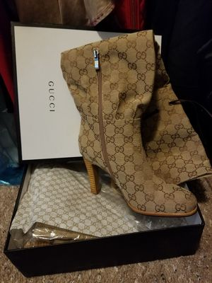 Brand new gucci boots for Sale in Tampa, FL