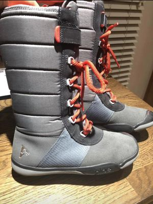 Plae Snow/Winter boots for Sale in Vienna, VA