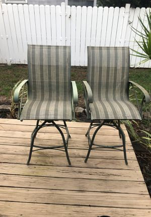 High top Bar top patio chairs for Sale in St. Pete Beach, FL
