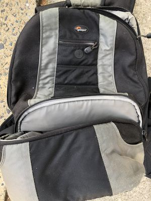 Lowe Pro Backpack for Sale in Holly Springs, NC