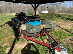 Pelican Bass Raider 10E for Sale in Trinity, NC