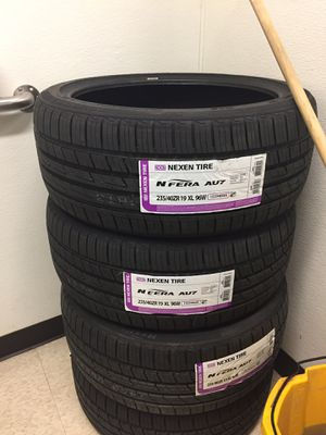 New set of tires for Sale in Sanger, CA