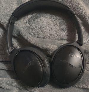 BOSE QuietComfort 35 wireless headphones II for Sale in Phoenix, AZ