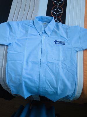 3 camisas de uniforme nuevas de la escuela inmaculada $5 cada una for Sale in Hialeah, FL