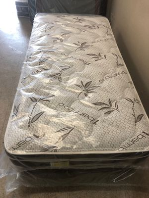 twin mattress with boxsping for Sale in Pomona, CA