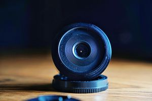 Sigma 30mm dn f2.8 sony e-mount for Sale in Anaheim, CA