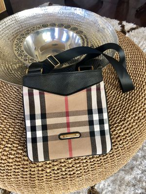 New cross body purse for Sale in Haymarket, VA