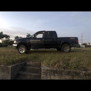 2001 Ford F150 4x4 for Sale in Cape Coral, FL