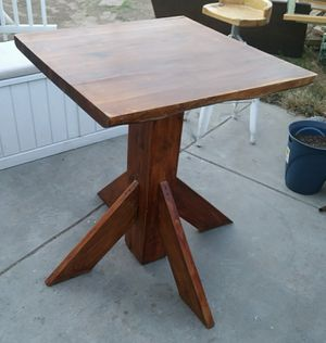 Nice pub table with bar stool for Sale in Fresno, CA